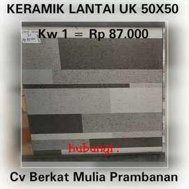 Keramik utk lantai ukuran 50x50 motif
