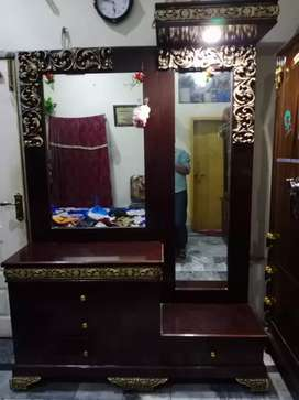 Showcase and dressing and bed sale