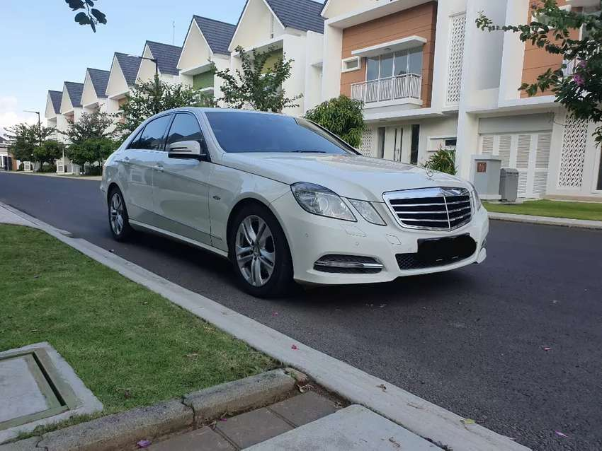 Mercedes E250 Putih Avantgarde ( AVG) Face Lift 0