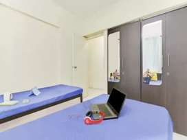 PG paying guest flats n sharing beds are avail in marol n jb nagar etc