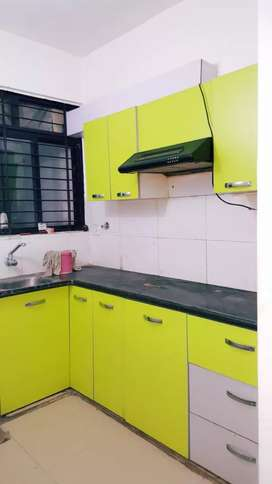 Space park 2bhk flat available in rent ,PLZ  Call me more details
