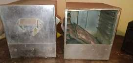 2 idly boxes  (good condition)