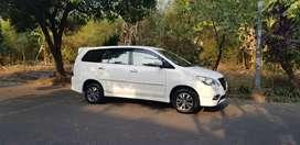 Dijual mobil Toyota Innova V Luxury. Captain seat. Stnk oktober2020