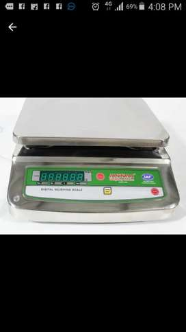 Weigh scale and weigh machine