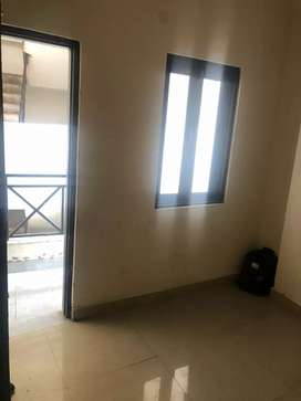 2 Room set in rohini for sale@1600000
