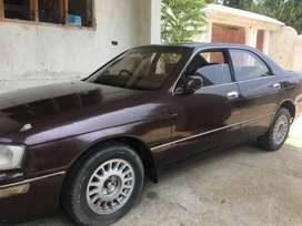 Crown 1994 model 2400cc good condition Lahore number