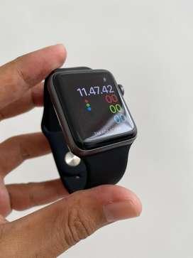 Apple Watch Seri 2 42mm Grey
