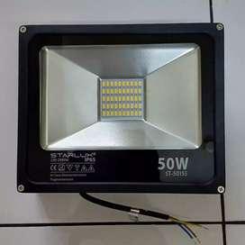 Lampu Flood Light 50Watt STARLUX/ Lampu Sorot