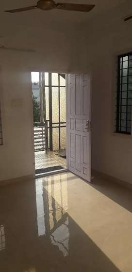 2 bhk new house upstair for rent at kaloor