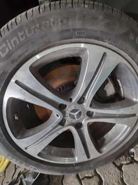 all luxury cars macwheels and Tyre Available