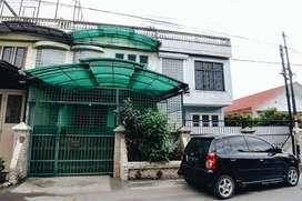 Disewakan Rumah 4 BR Medan Baru, Medan Petisah, Medan