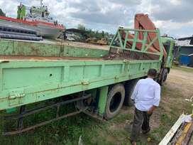 Truck crane 8 tons hino 500 tahun 2008
