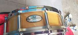 Snare drum pearl free floating 14x5