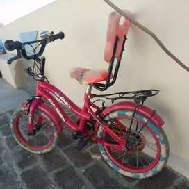 Kids cycle suitable for 3-5 yrs