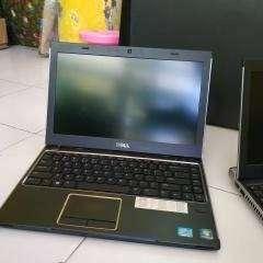 Laptop seken berkelas core i3 bergaransi batre sehat