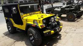 Mahindra yellow modify jeep