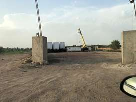 4 canal plot avaliable for rent on ntionl higway muslim chowk