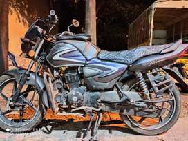 Honda CB Shine its old but look like a new bike best condition