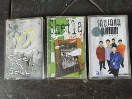 3 cassette Sheila on 7, Padi , Saujana.