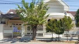 DISEWAKAN Rumah 1lt TERAWAT di Sutorejo Tengah SEMI FURNISH+ada gudang