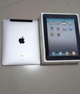 iPad 1 64 GB WiFi dan SIM card