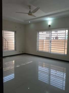 10 marla upper portion available for rent in bhria Town phase 3