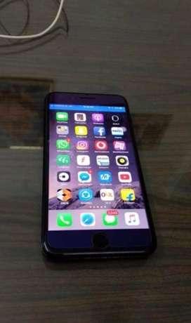 I phone 7 plus 128gb mint condition