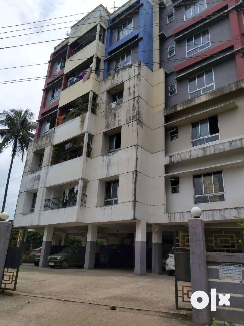 2BHK flat for sale by owner in prime location Jorhat 0