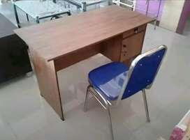 1 set meja tulis kerja ( 120 x L 60 x T 72  cm )