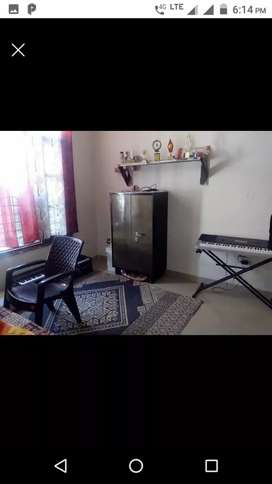 Room available for girl's