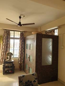 ready to move 3 BHK flat at Sarusajai