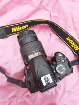 Nikon D3200 in new condition