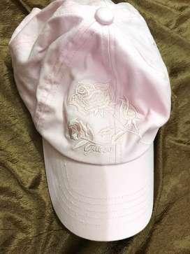 Original cap from guess