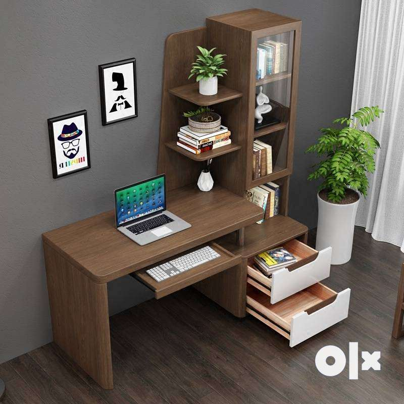computer table with shelf 0