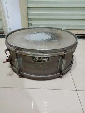 Snare Drum Rolling