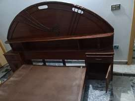 Doubble bed in reasnable condetion