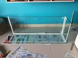 Food motor aquariums