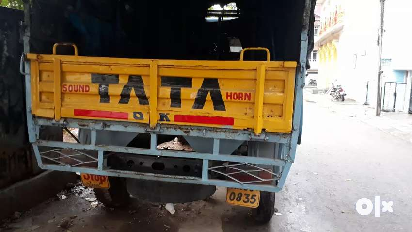 Want to sell tata 407 with good running condition life tax 0