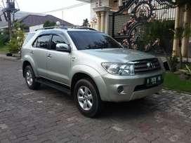 Fortuner G Diesel Matic 2010, Istimewa dan Terawat , Semarang
