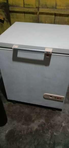 Jual cepat kulkas Box Gea normal dan garansi satu bulan