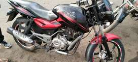Pulsar red black super condition  1 handead bike