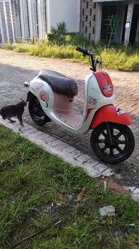 Jual beli sepeda listrik servis menyediakan sperpat bekas atau baru