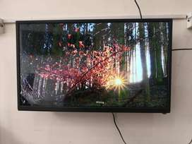 New box pack 24 inch sony panel LED tv & free delivery