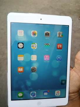 I pad mini 3 16 gb only WiFi 10/10 condition