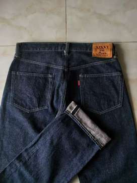 Celana jeans kinky size 30 selvedge