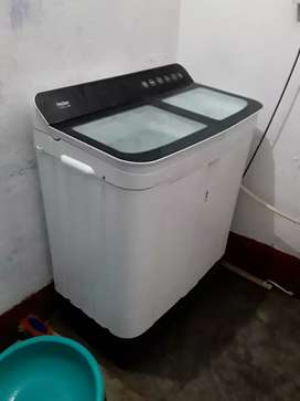 Hair washing machine 7.2kg only  1year used