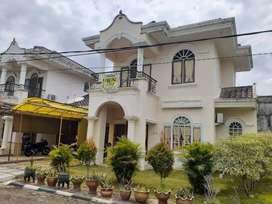 Dijual rumah mevvah dengan suasana tenang dan adem