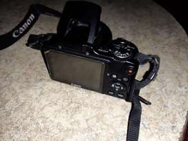 For sale, camera SLR canon. Model: SX 510HS. Box, charger,