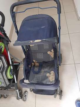 Mama love paramulator in good condition. 1.5 yrs old