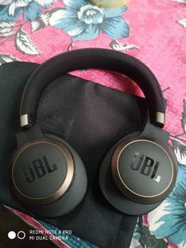 JBL unisex black live 650BTNC wireless over Ear headphones